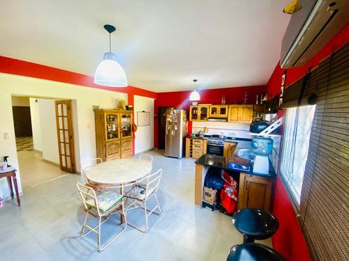 Venta Casa 6 Ambientes Cochera Longchamps
