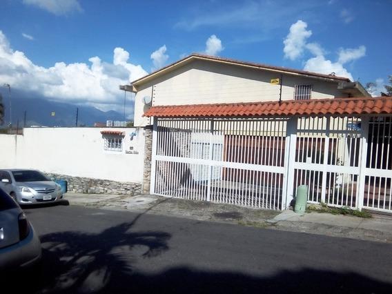 Alquilo Anexo En Terrazas De Club Hipico