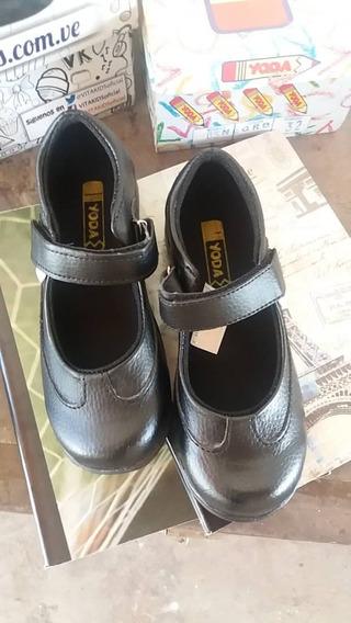 Zapatos Escolares Vitakids 31 Y 32