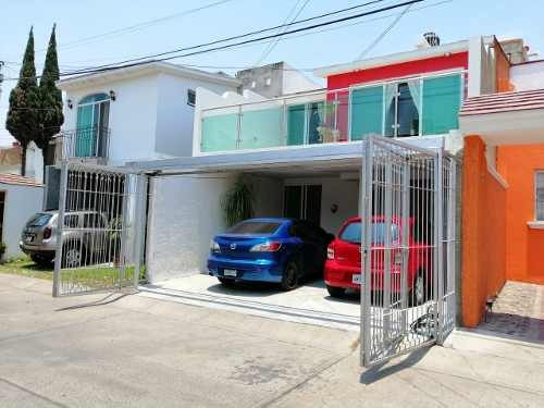 Casa En Venta En Chapalita Inn