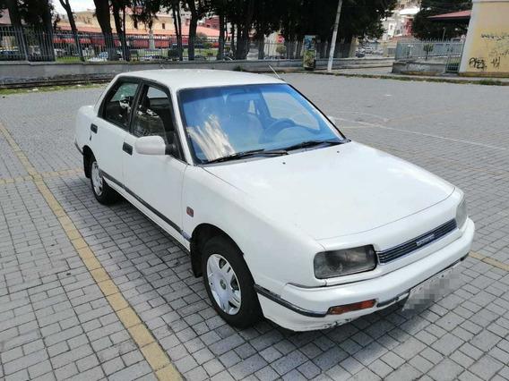 Daihatsu Applause Blanco