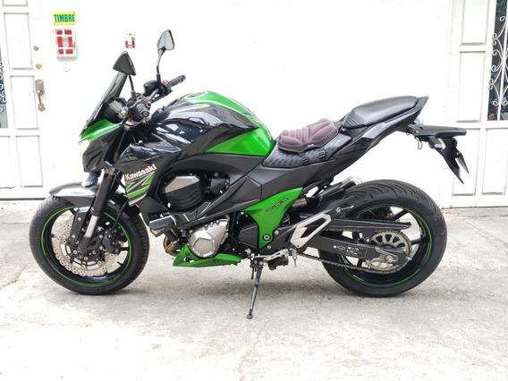 Kawasaki Z800 Verde