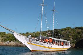 Escuna Para Turismo Em Arraial Do Cabo