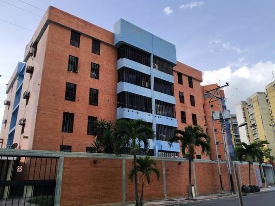 Apartamento En Venta Maracay San Jacinto Rah 20-486 Mdfc