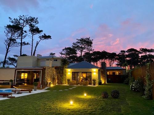 Casas Venta 5 Dormitorios Punta Del Este