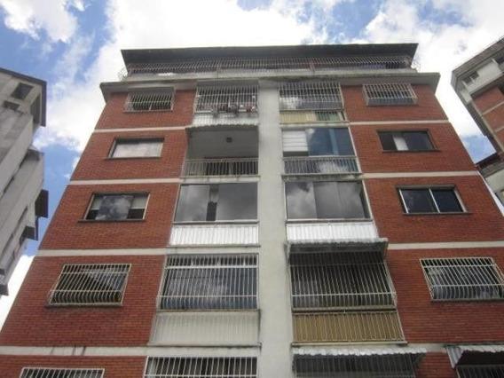 Apartamento En Venta Clnas De Bello Monte Mls 19-20207
