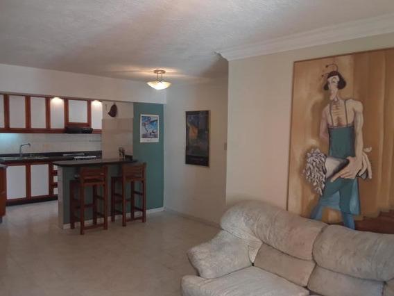 Apartamento En Alquiler Las Chimeneas Valencia 20-17930 Gav