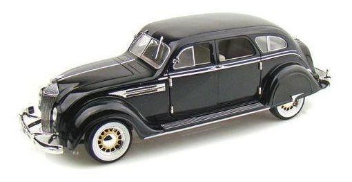 1936 Chrysler Airflow - Escala 1:18 - Signature Models