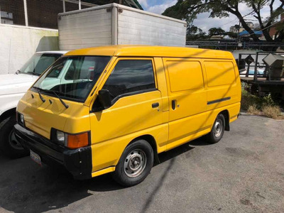 Mitsubishi L300 Panel L-300