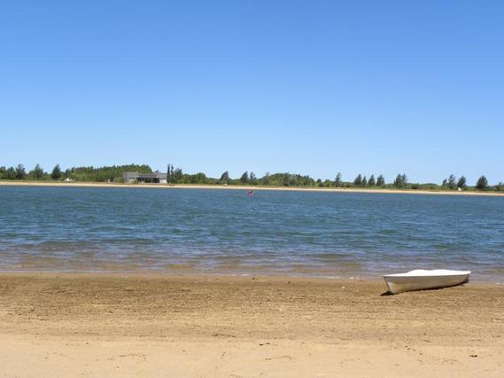 Lencke Vende - Excepcional Lote A La Laguna Con Playa De Arena