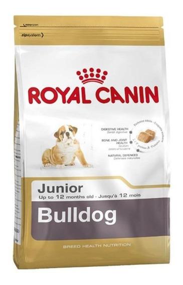 Alimento Royal Canin Breed Health Nutrition Bulldog perro cachorro raza mediana 13.6kg