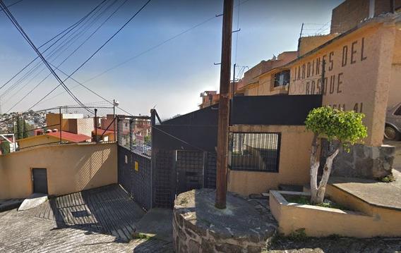 Casa En Venta En Col. México 68, Naucalpan (larl)