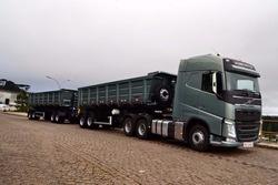 Volvo Fh 460 6x4 Ou 6x2 Completo !! Leia O Anuncio Completo