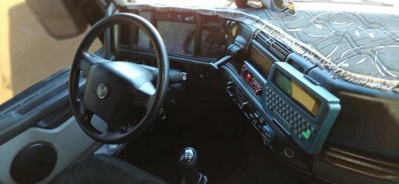 Caminhão Volvo 2002