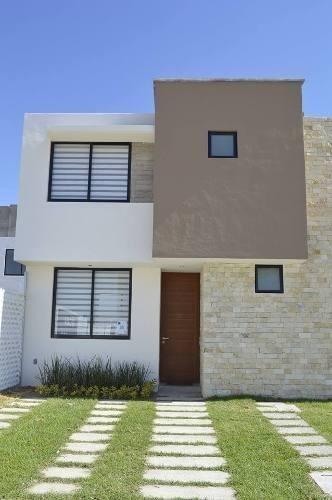 Preciosa Casa En El Pueblito Centro, Alberca, Ubicadisima !!