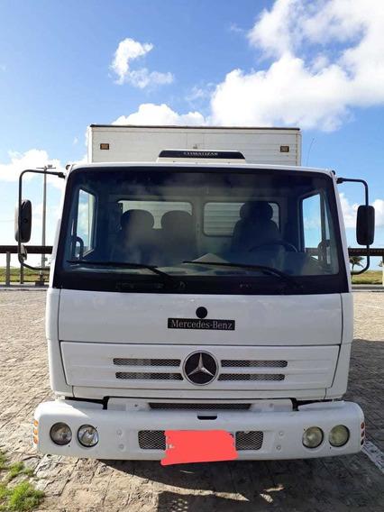 Caminhão Mercedes Benz 712c 2002