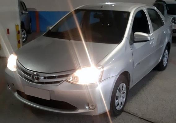 Toyota Etios Sedán Etios Sedan 1.5x