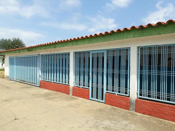 Local Comercial En Venta En La N, Ciudad Ojeda