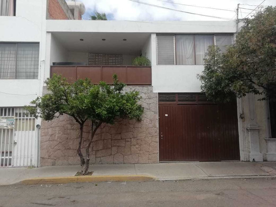 Casa En Venta, Zona Centro, Calle: Primo Verdad #308