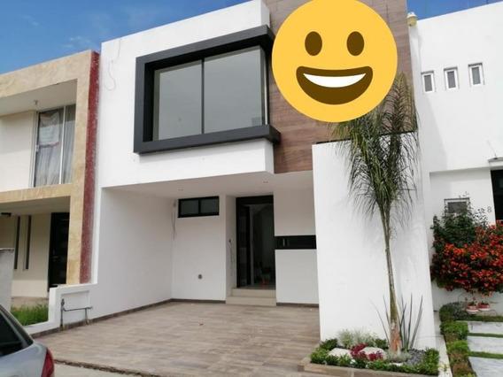 Casa Sola En Venta Lomas Del Valle