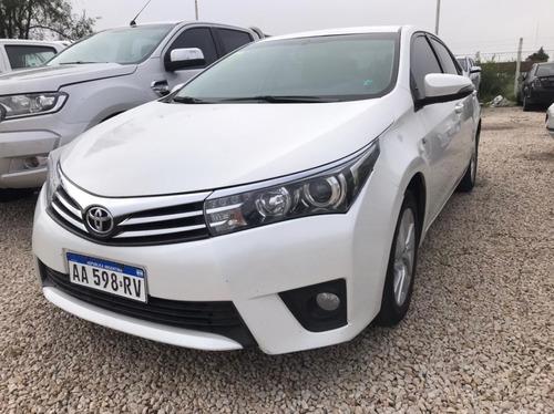 Toyota Corolla Xei Pack 1.8 Cvt Blanco 2016 205.000 Km Roas