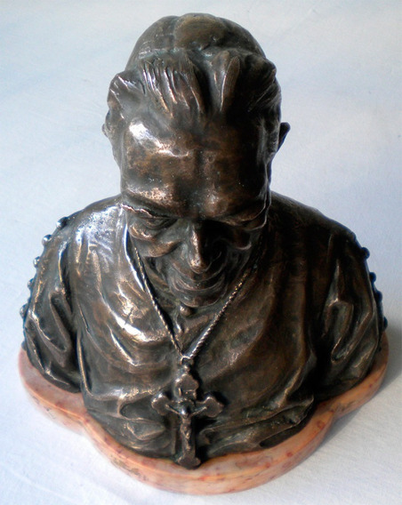 Escultura Busto Padre Chico Bronze Assinada Peso 5 K ..