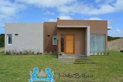 Venta Casa Costa Esmeralda Barrio Cerrado
