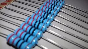 Resistor Potencia Precisão 220r 1% 1w Lote 10 Peças