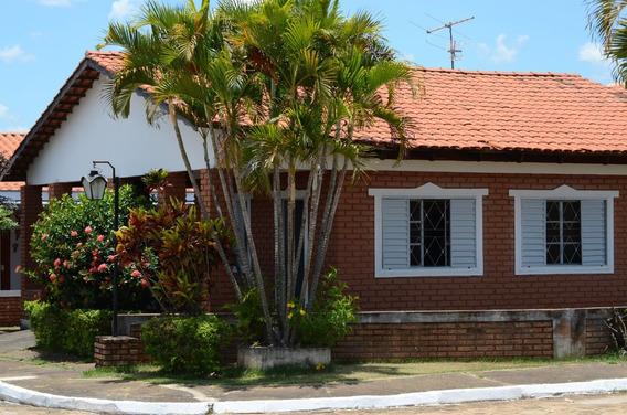 Chalé Em Caldas Novas A 3 Km Do Centro