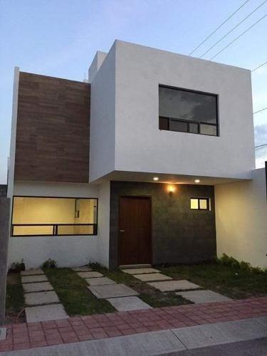 Venta De Hermosa Casa Cerca De Juriquilla