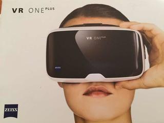 Visor De Realidad Vr One Virtual Marca Zeiss