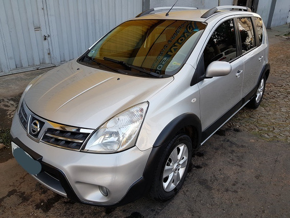 Nissan Livina 14/14 X-gear 1.8 Flex Automática Couro