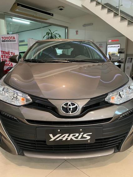 Toyota Yaris Xs Sedan 4 P 0km Ultimo!!!!