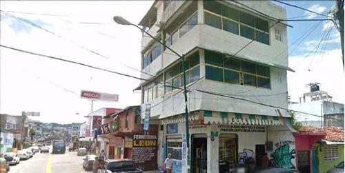 Edificio En Col. Centro Calle Aquiles Serdan