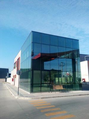 Excelente Edificio Corporativo De 2 Pisos Renca