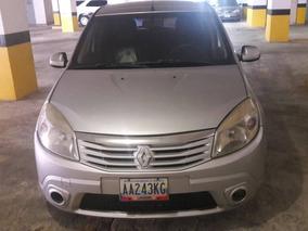 Renault Sandero 2300 $
