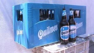 Cajones De Cerveza Con Sus Envases Vacios