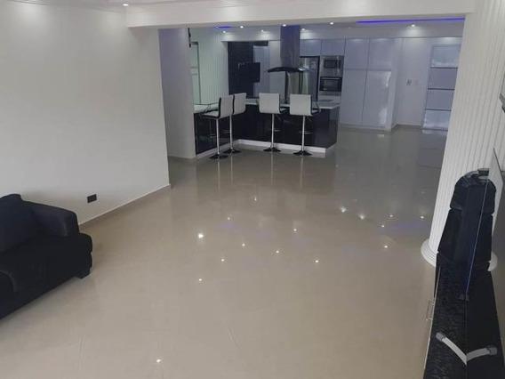 Apartamento En Venta En Catia La Mar/ Código 20-100/marilus