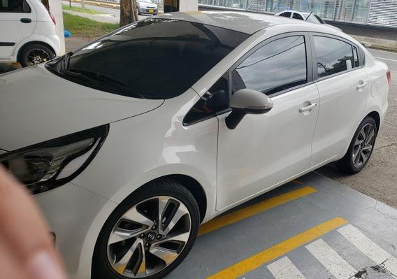 Kia Rio R 2018 Automovil Tipo Sedan