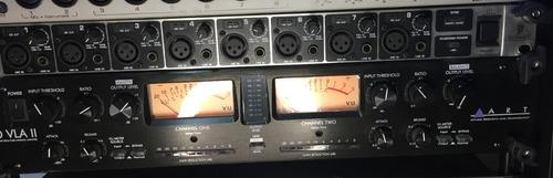 Pre Amplficador E Compressor 02 Canais Art Pro Vla Il