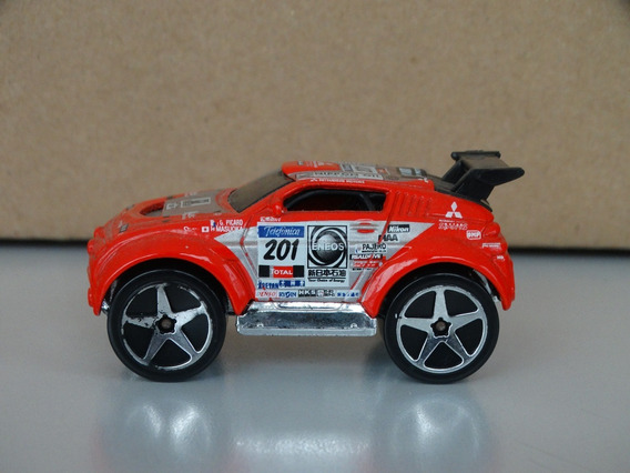 Blings Mitsubishi Pajero - Hot Wheels 2004 1:64 Loose