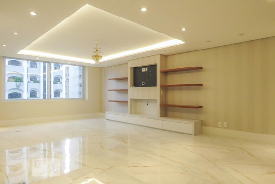 Apartamento No 8º Andar Com 2 Dormitórios E 2 Garagens - Id: 892952575 - 252575