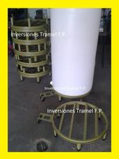 Base Para Tanque De Agua Cilíndrico Y Soporte Para La Bomba