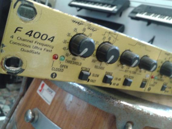 Quadragate F4004 Hot Sound Estudio Ou Palco