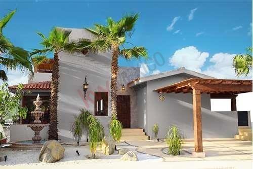 Villa A La Venta En Exclusiva Zona Club Campestre San José, Precio De Pre-construcción