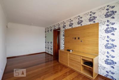 Apartamento No 5º Andar Com 2 Dormitórios E 1 Garagem - Id: 892905910 - 205910