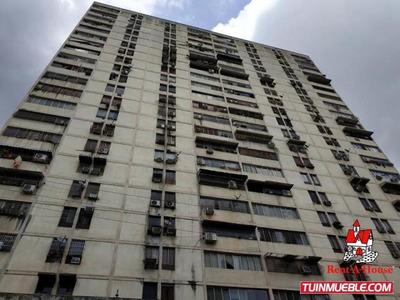 Apartamento En Venta Centro Maracay Codigo 19-11347 Mv