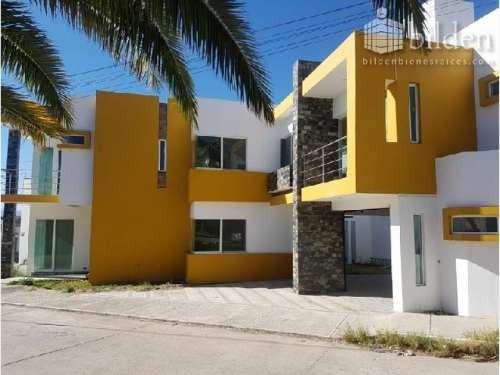 Casa Sola En Venta Fracc Paseo Del Saltito