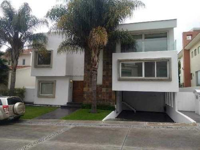 Residencia En Venta En Exclusivo Fracc. La Vista Country Club. Puebla, Pue.