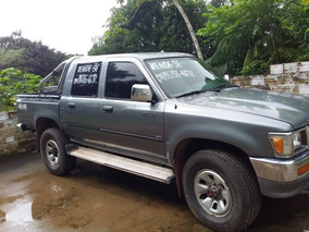 Toyota Hilux 2.8 Dlx Cab. Dupla 4x4 4p 1999